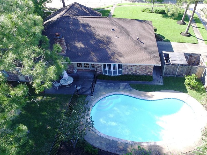 Make This Home Your Gulf Coast Vacation Headquarters, holiday rental in Nassau Bay