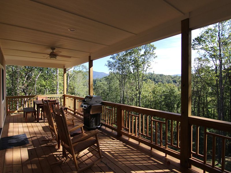 The Snookery ~ Relaxation Perched on the Mountainside, location de vacances à Asheville