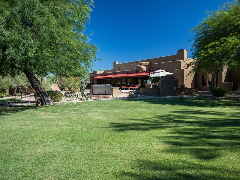 North Scottsdale Oasis Min 30 days, vacation rental in Carefree