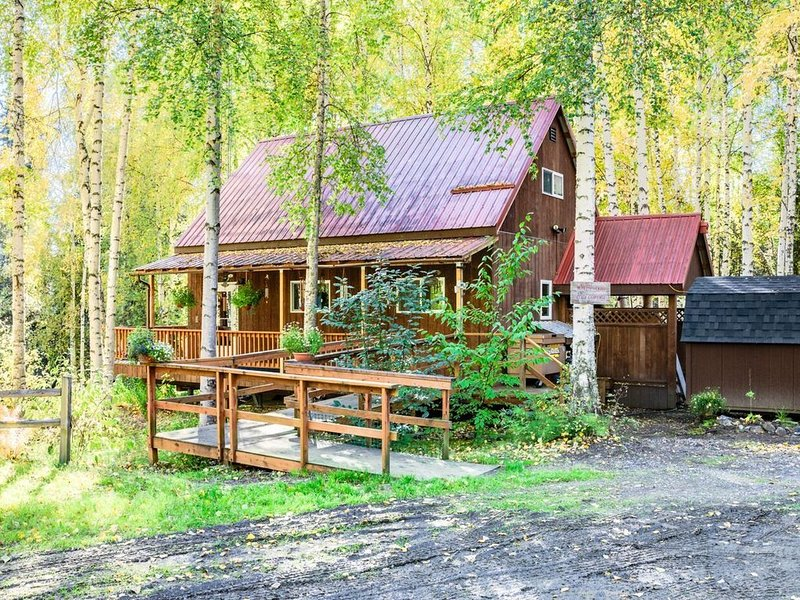 Cozy Alaskan Cottage, holiday rental in Fairbanks