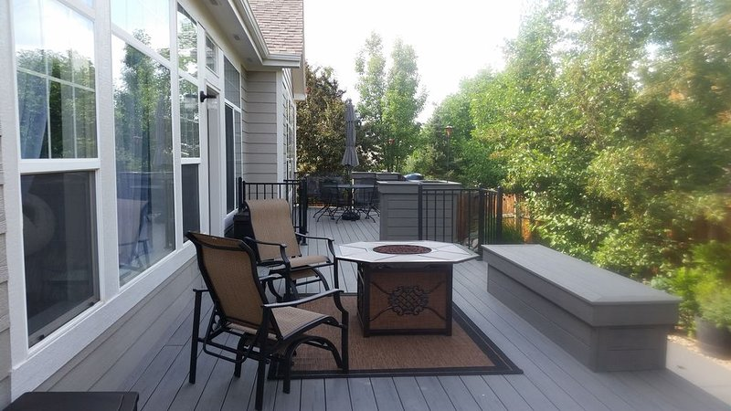 Basement Apartment in an Outdoor Lovers Paradise, holiday rental in Littleton