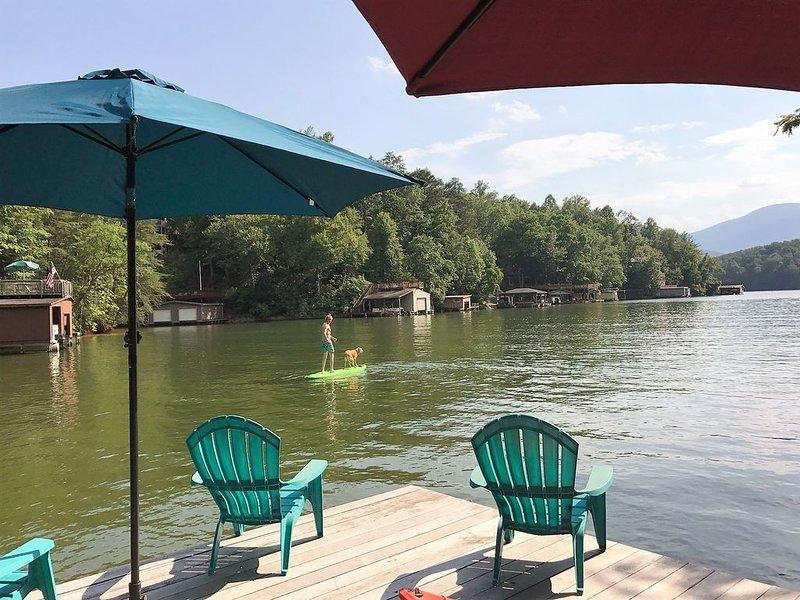 Family & Dog Friendly!  Lake Front, location de vacances à Lake Lure