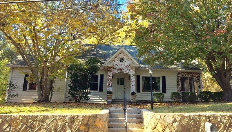Masters Rental 2020 in Historic Edgefield, SC, holiday rental in Ridge Spring