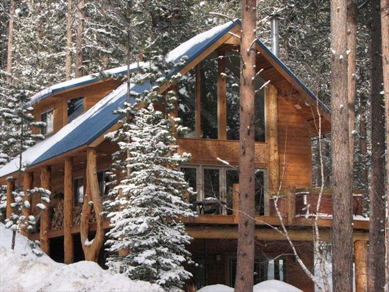 Wishbone Lodge Near Deadwood and Terry Peak, holiday rental in Lead