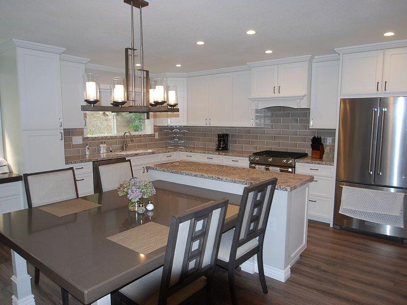 Beautiful Remodeled Condo With An Open Floor Plan! 3 Beds with 2.5 Baths., alquiler de vacaciones en Incline Village