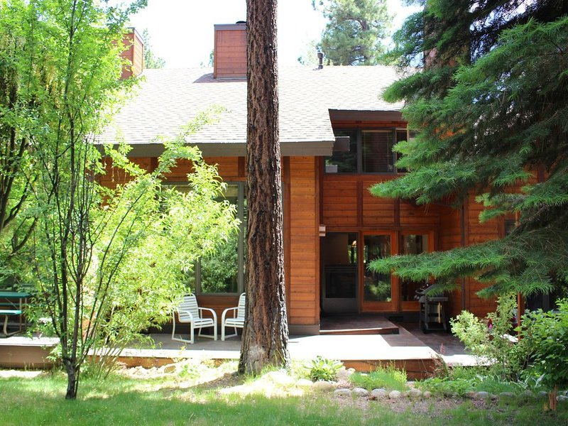 Beautiful Third Creek Townhome in Incline Village, alquiler de vacaciones en Incline Village