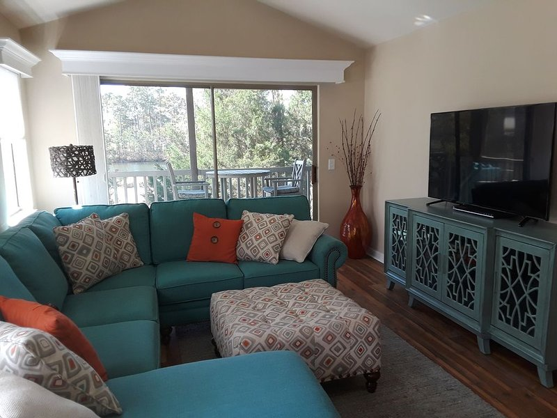 $1495. JAN. OR FEB,  LUXURY VILLA ON 17 TEE BOX  MINUTES TO  BEACH ,SHOP,DINE, aluguéis de temporada em Litchfield Beach