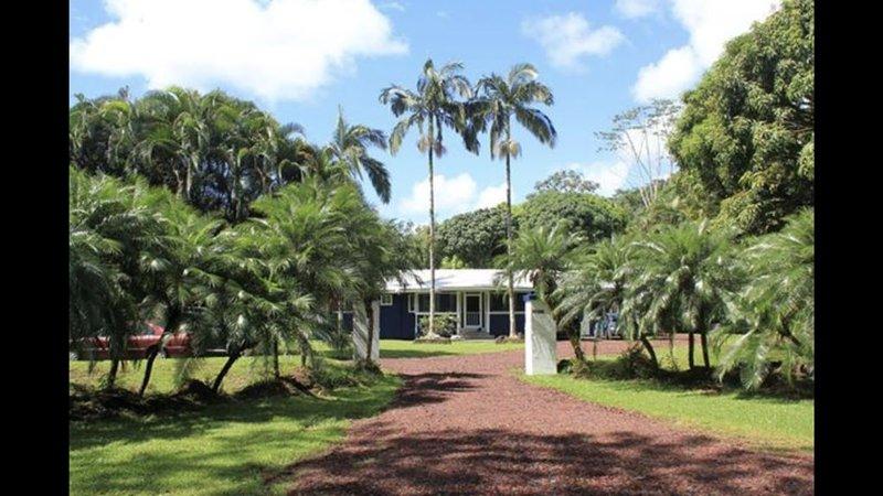 Near the ocean house, vacation rental in Keaau