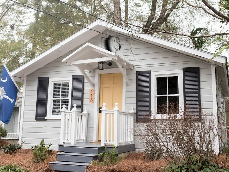 The Schoolhouse Cottage, alquiler de vacaciones en Summerville