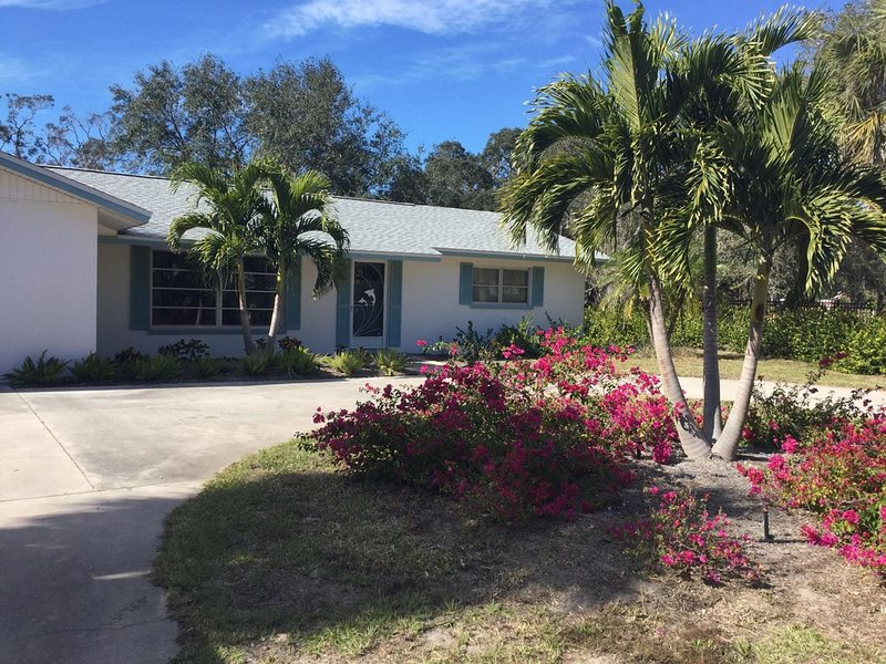 Charming vacation home close to Nokomis beach,Casey Key,Venice, holiday rental in Laurel