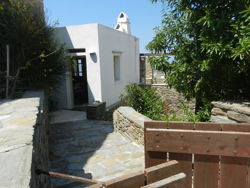Villas with a special character, in a unique environment, holiday rental in Triantaros