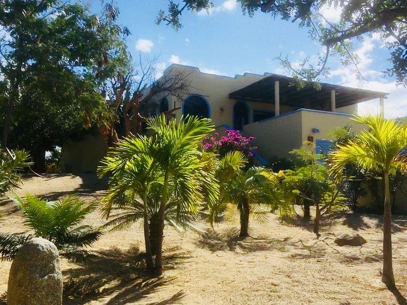 Spectacular Casa Catalina Has It All, aluguéis de temporada em Los Barriles
