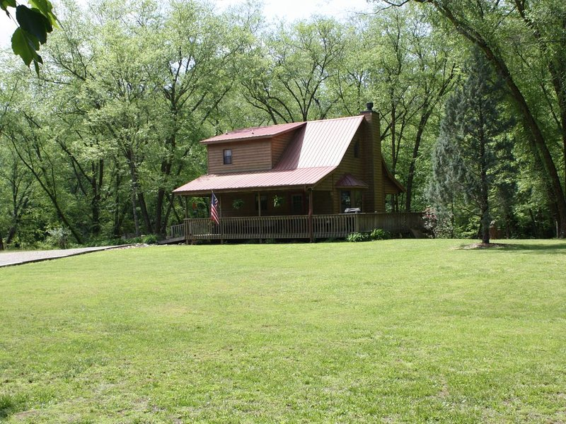 The Toccoa Riverside Cabin, alquiler de vacaciones en Mineral Bluff