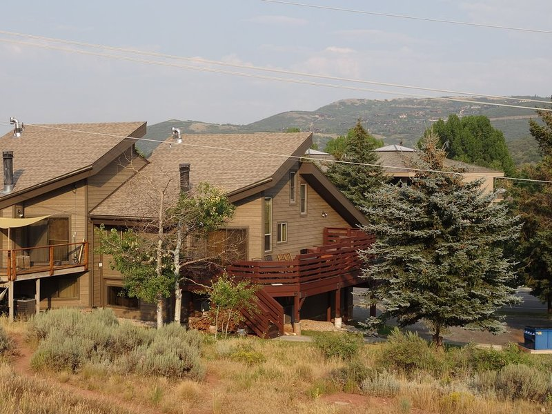 In the Heart of Park City with Spectacular View of PC Mountainside Ski Slopes, holiday rental in Park City