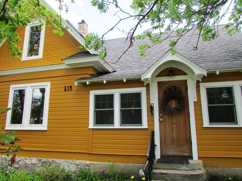Charming And Cozy Victorian House In Red Lodge, vacation rental in Red Lodge