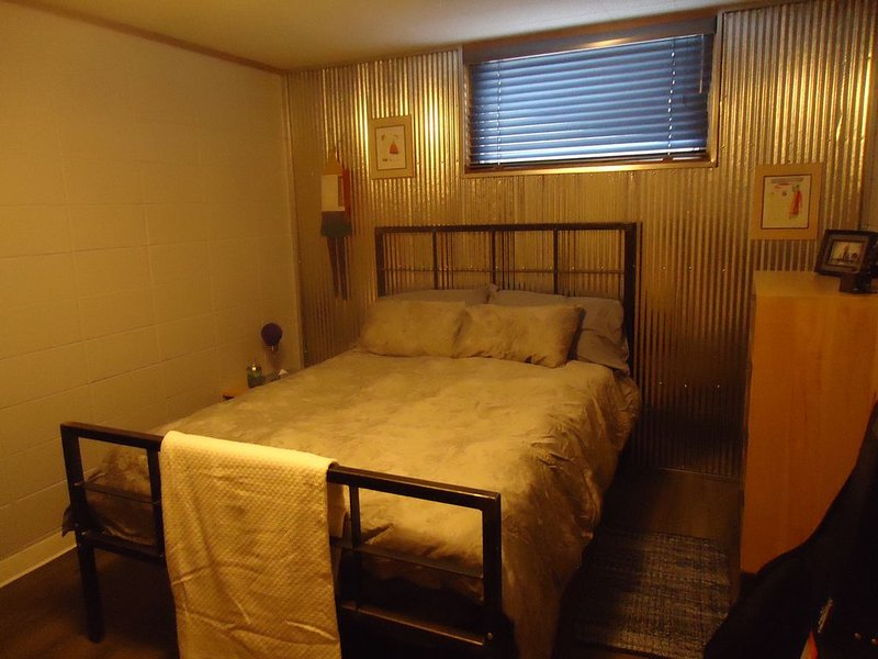 Hip Private Accomodations, vacation rental in Decorah