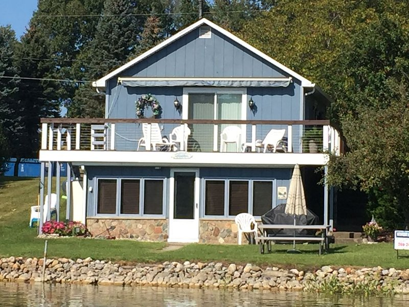 Little Otter Retreat, holiday rental in Coldwater