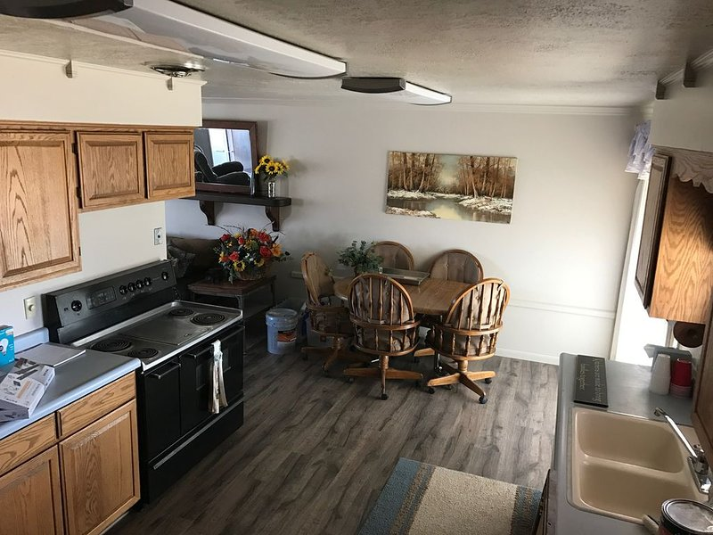 Spacious Home in Green River, UT: 50 min. drive to Moab, Goblin Valley, Arches, holiday rental in Green River
