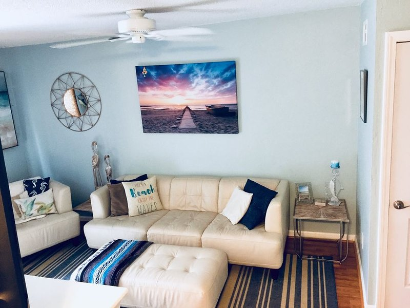 Milepost 9 KDH Condo, holiday rental in Kill Devil Hills