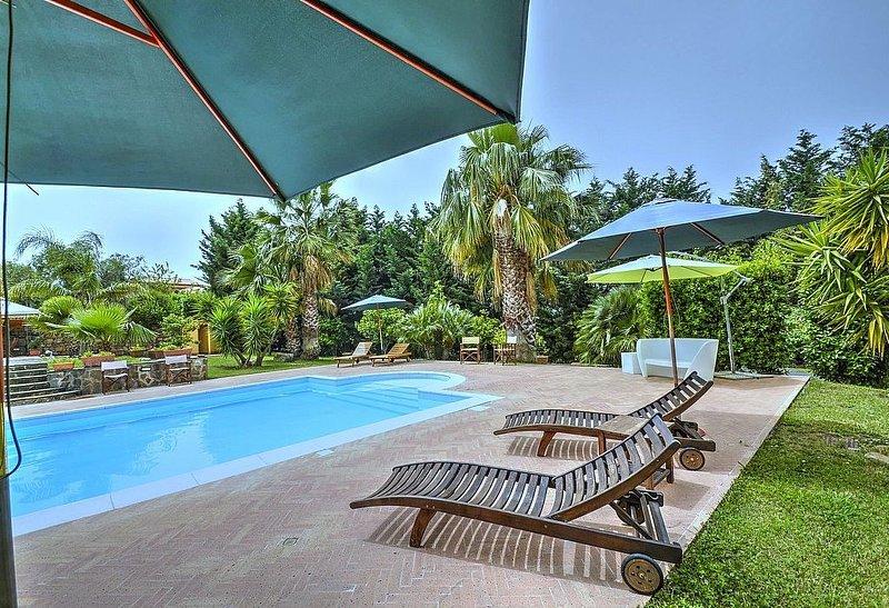 Casa Turchino C, rimborso completo con voucher*: Un accogliente appartamento che, vacation rental in Alano