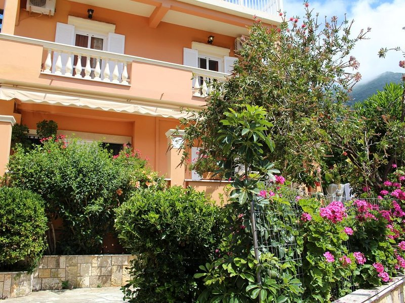 Ferienwohnung direkt am Meer, außergewöhnlicher Meerblick | Paramonas, Korfu, holiday rental in Agios Matthaios