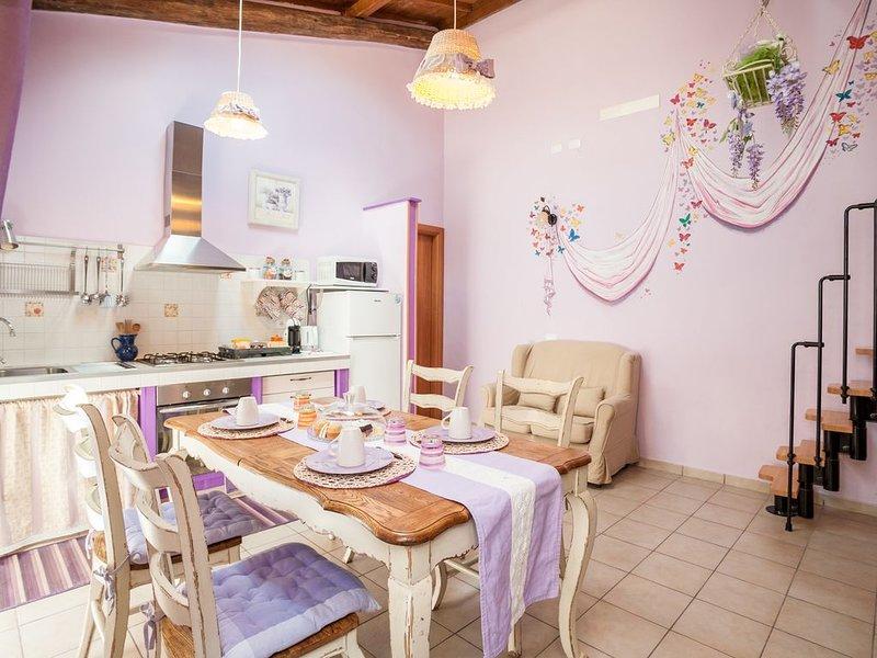 Casa Vacanze La Suite Viola, holiday rental in Viterbo