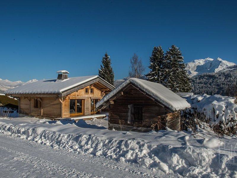 Chalet face au Mont-Blanc et Mont-Joly 6 à 8 personnes, holiday rental in Demi-Quartier