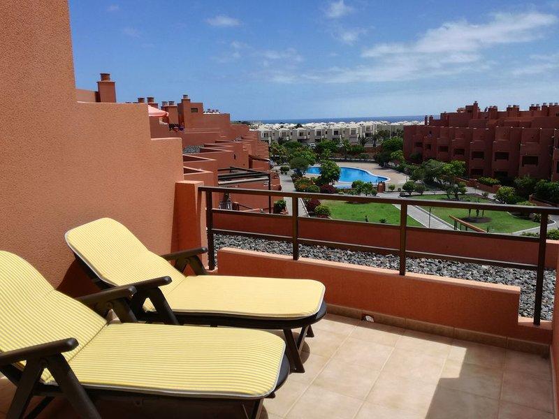 Red Rock Apartment La Tejita - Teide and Ocean view, holiday rental in La Tejita