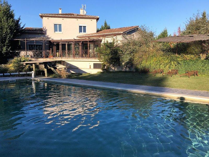 PROPRIETE DE LUXE CLIMATISEE,  Villa gérée par le propriétaire avec piscine priv, vacation rental in Vagnas