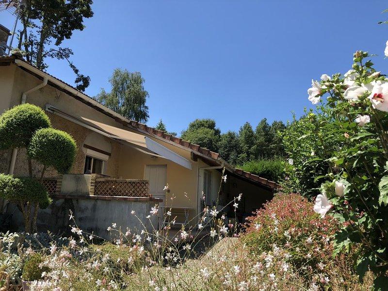 Maison en pierre dans les Landes au calme. Animaux bienvenus., alquiler vacacional en Piets-Plasence-Moustrou