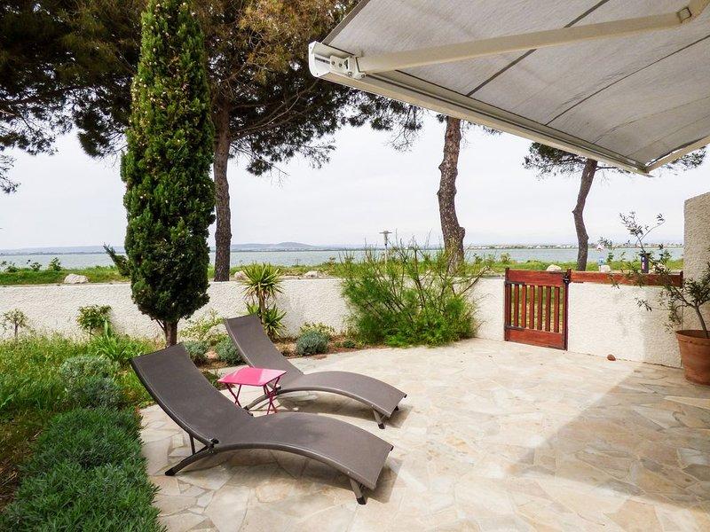 Villa individuelle neuve, jardin, 100m de la plage, superbe vue sur l'étang., alquiler vacacional en Palavas-les-Flots