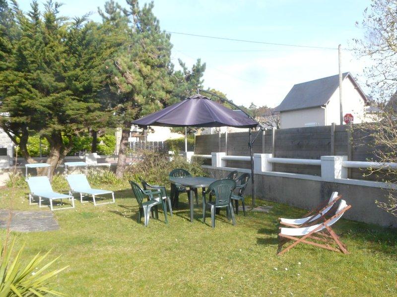 VILLA AGON COUTAINVILLE, indépendante, à 200 métres de la mer, WIFI, vacation rental in Agon-Coutainville