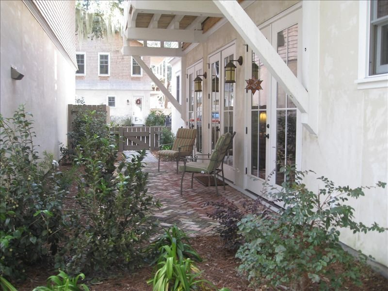 New, Beautiful, Close to Parris Island & Beaufort, holiday rental in Port Royal