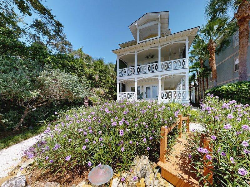Beachfront Oasis, 4 Bedroom, 3.5 Bath House Steps from the Water, alquiler de vacaciones en Brunswick