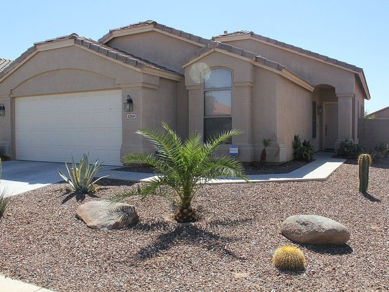 BEAUTIFUL MARICOPA HOME FOR RENT, holiday rental in Maricopa