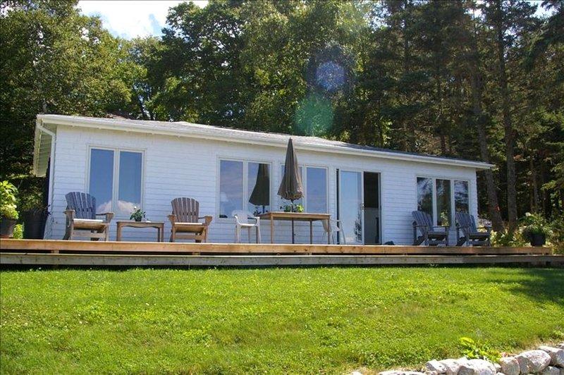 Delightful Nova Scotia Cottage, alquiler de vacaciones en Bayswater