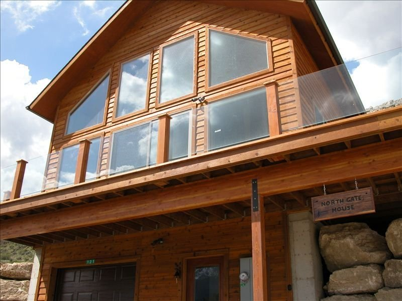 Yellowstone North Gate House, alquiler de vacaciones en Gardiner