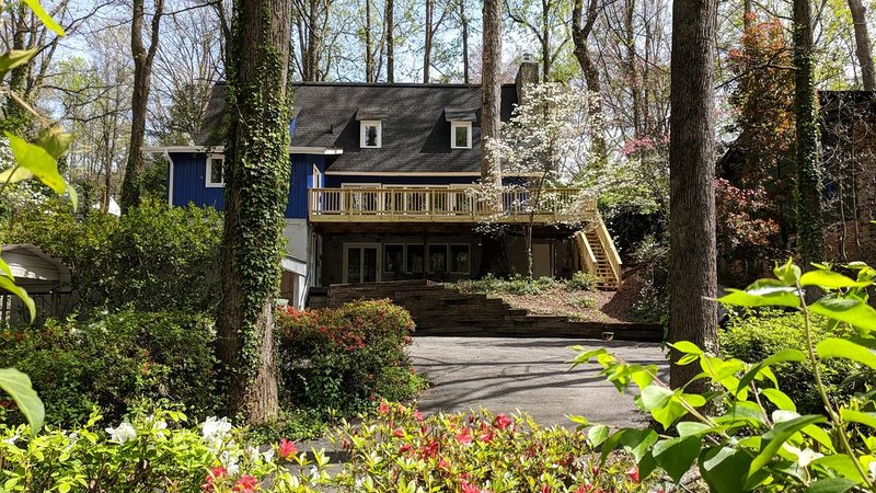 Cute apartment close to downtown, holiday rental in Greer