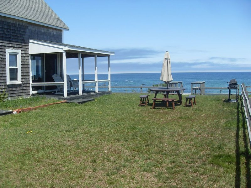 Ocean views and direct beach access to White Horse Beach, Plymouth, MA, vacation rental in Manomet