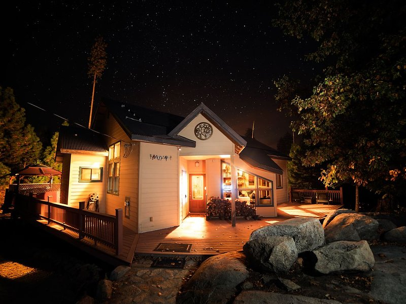 The Ahweanee in Foresta, Yosemite National Park, holiday rental in Yosemite National Park