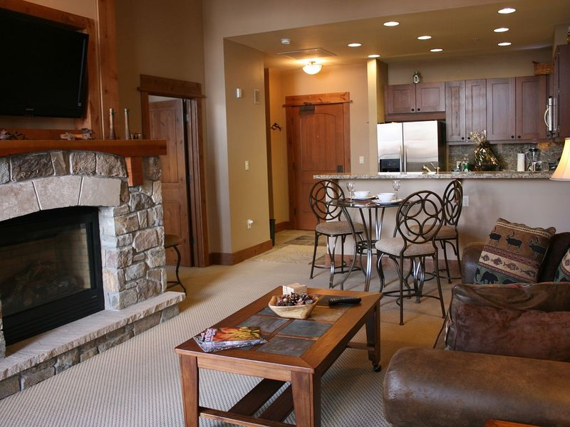 Big Horn Penthouse Residence With Great Views Of Village & Gondola – semesterbostad i Truckee