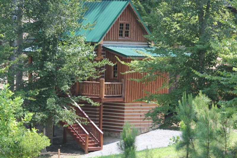 The Little Cabin on the Hillside, holiday rental in Hertford