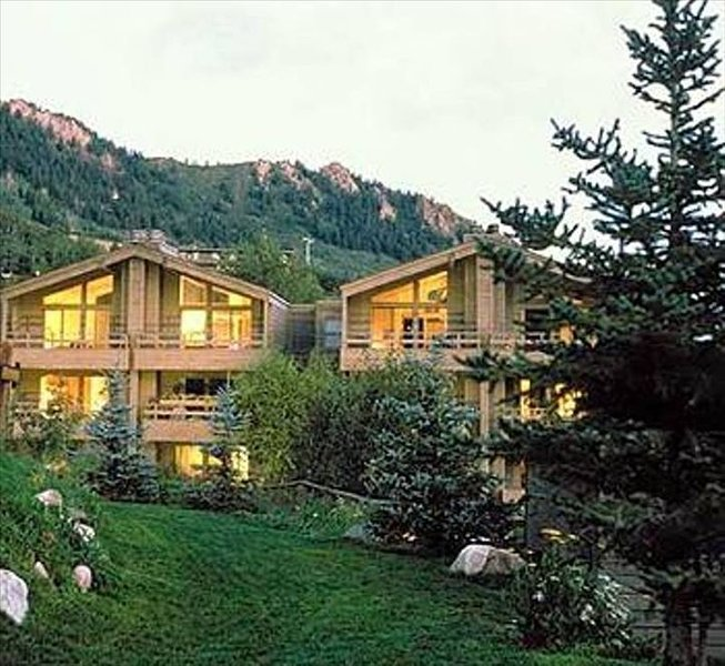 The Gant Luxury 2BR-2BA Premiere Suite, holiday rental in Aspen