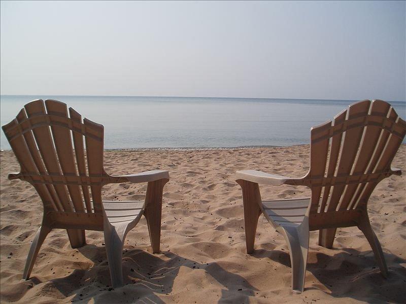 Beachfront Cottage on Lake Michigan, vakantiewoning in Jacksonport