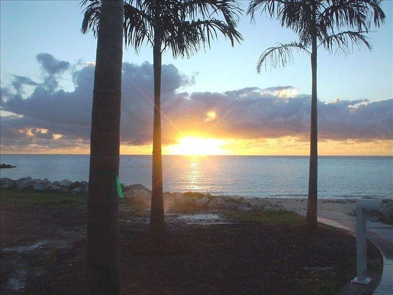 Third Floor Oceanview Balconies, holiday rental in Key Colony Beach