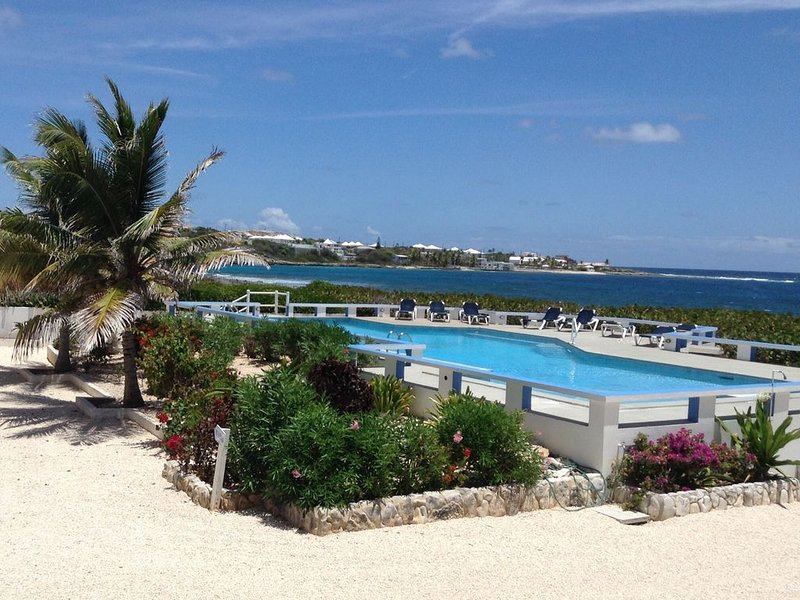 2 Br/2 Bath Oceanfront Condo Steps To Sandy Hill Bay., vacation rental in Anguilla