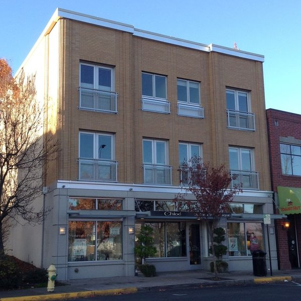 Voted Best New Building Downtown, Ashland Historic Commissio, vacation rental in Ashland