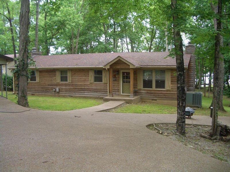 Cedar Creek  Lake  Cottage, alquiler vacacional en Gallatin