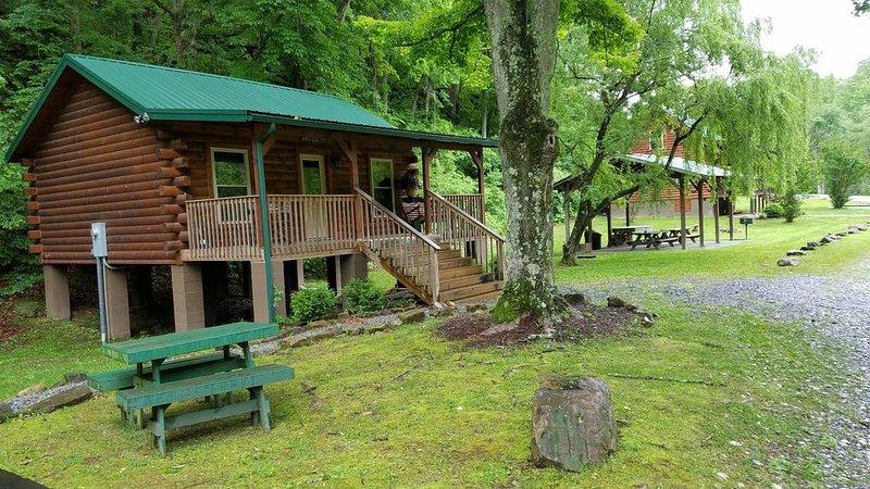 The Anglers' Roost at Walker Creek Retreat, location de vacances à Radford
