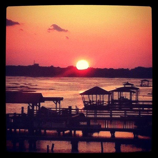 Unbelievable Sunsets On Back Bay, location de vacances à Cape May Court House